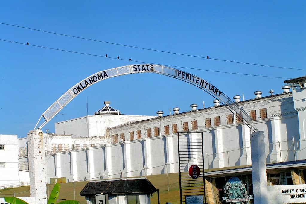 Justice reform efforts are targeting re-entry in Oklahoma.